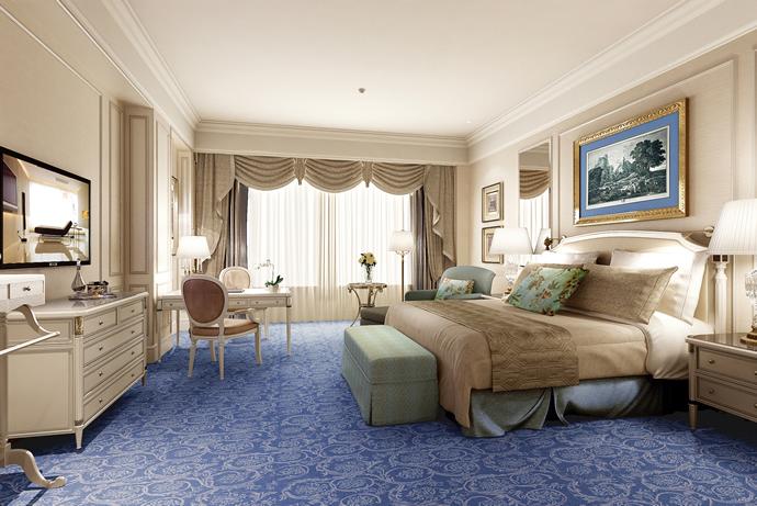 castle-guest-room