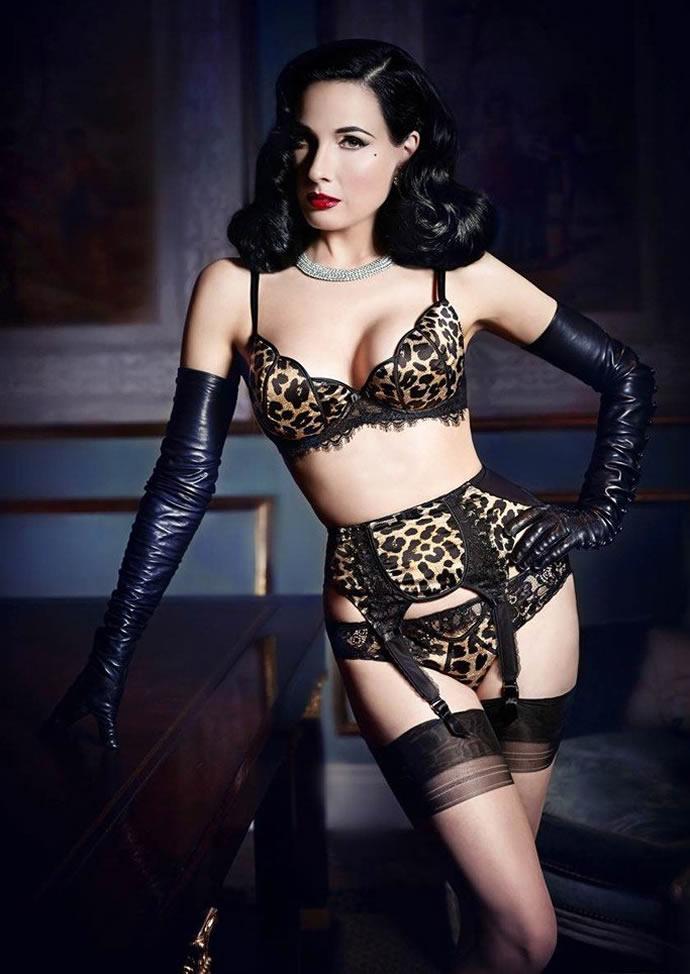 dita-von-teese-lingerie-2