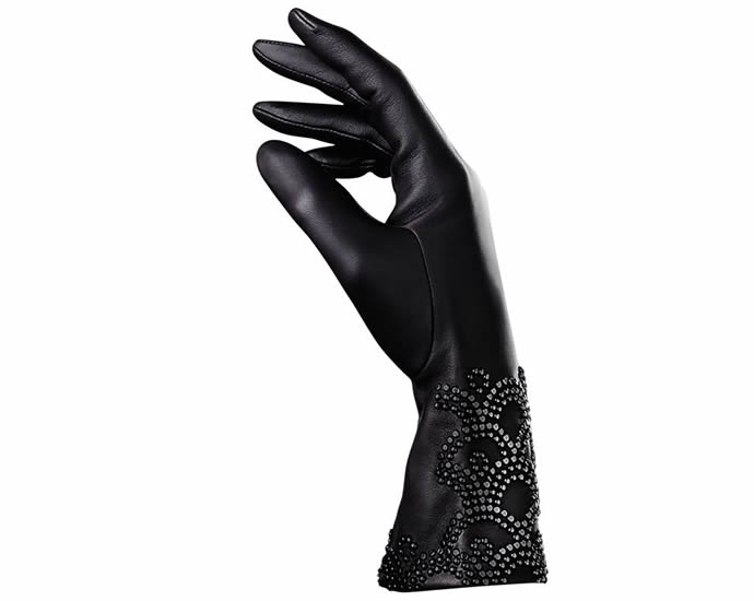 guerlain-agnelle-perfumed-gloves-2