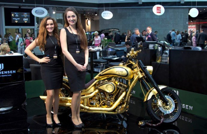 harley-davidson-gold-plated-1