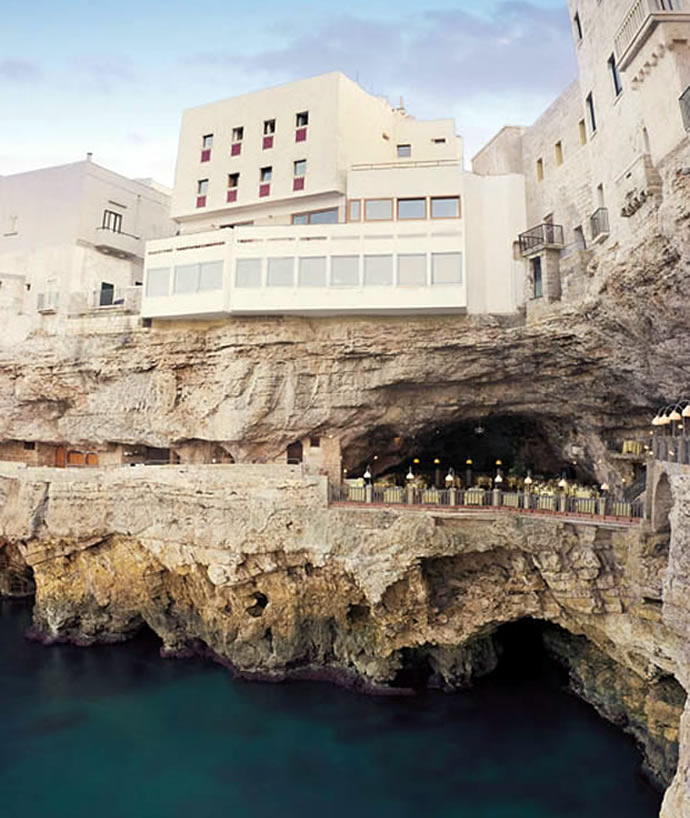 hotel-ristorante-grotta-palazzese-polignano-a-mare-italy-1