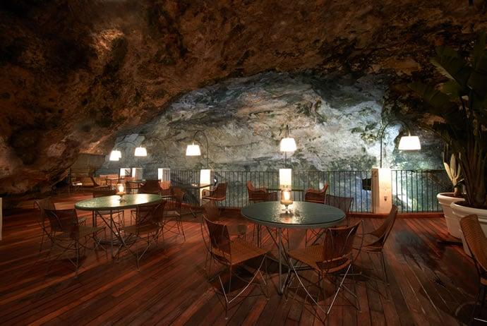 hotel-ristorante-grotta-palazzese-polignano-a-mare-italy-3
