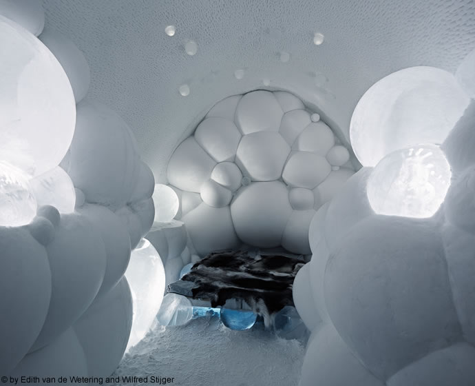 icehotel-haute-couture suite-4