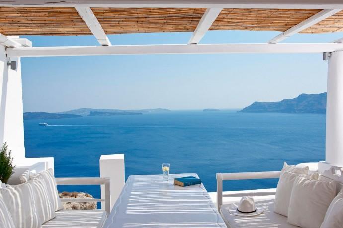 katikies-hotel-oia-greece-2
