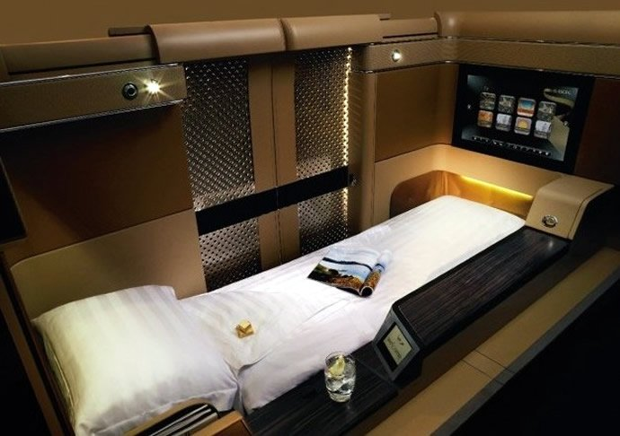 Etihad airways unveils a customized sleep program with for First class suite airline