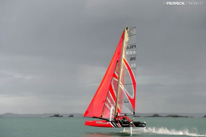 flying-phantom-2