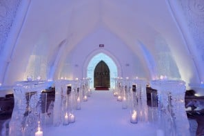 L'Hôtel de glace in Canada is the ultimate luxurious abode for ice hotel lovers