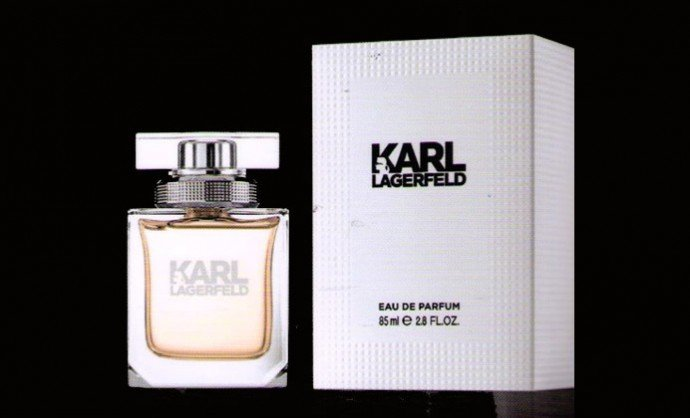 karl lagerfeld debuts two fragrances a fashion first with. Black Bedroom Furniture Sets. Home Design Ideas