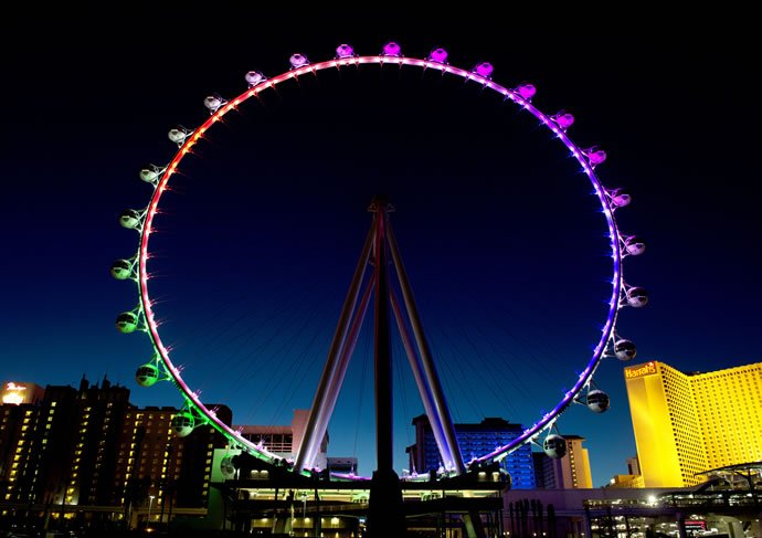 At 550 feet the world's largest observation wheel in Las Vegas dwarfs the London Eye -