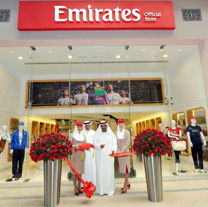 emirates-a380-dubai-mall-2