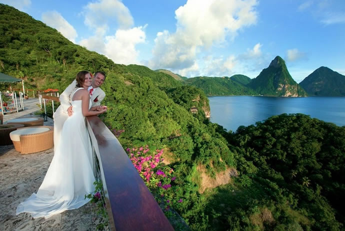 jade-mountain-wedding-3