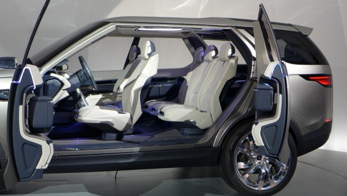 land-rover-discovery-vision-concept -12