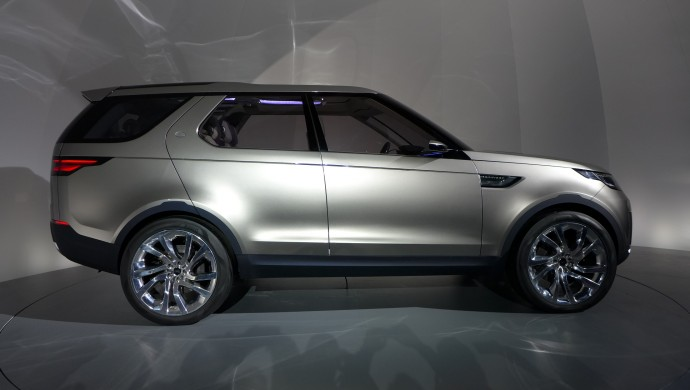 land-rover-discovery-vision-concept -4