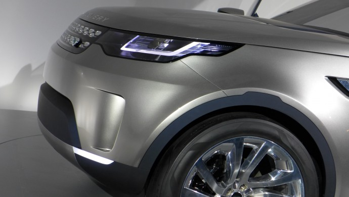 land-rover-discovery-vision-concept -6
