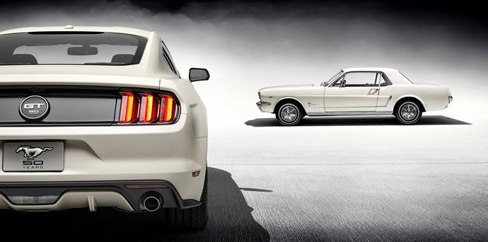 2015-ford-mustang-50-years-convertible-5