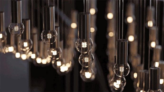 Kinetic-hotel-chandelier