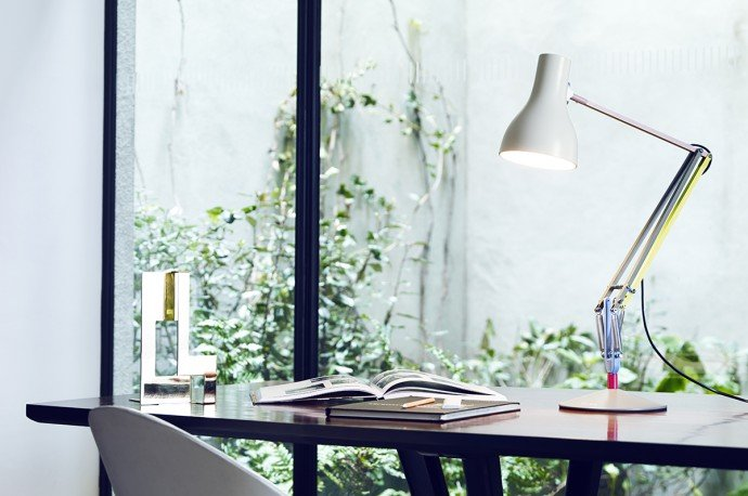 anglepoise-paulsmith-lamp