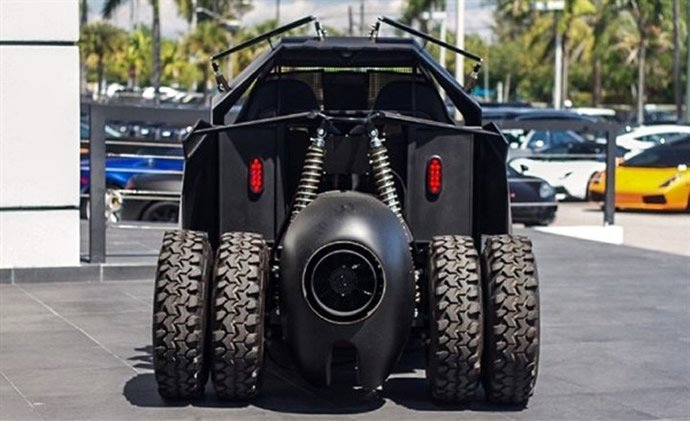 batman-tumbler-golf-kart-4