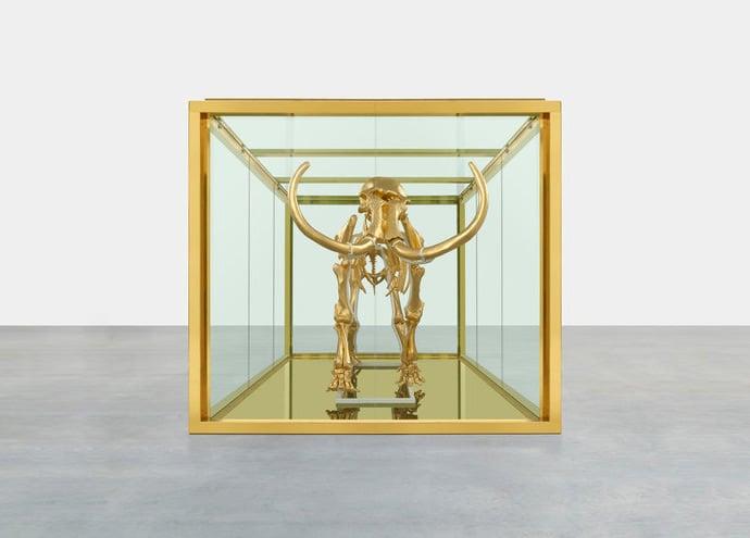 damien-hirst-golden-mammoth-skeleton-3