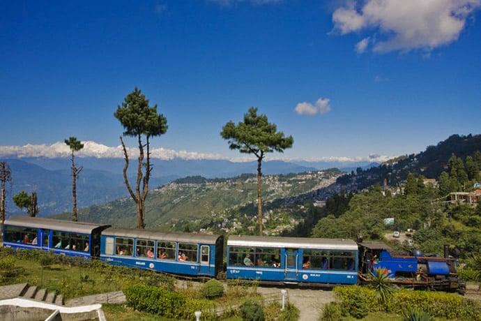 darjeeling-himalayan-railway-1
