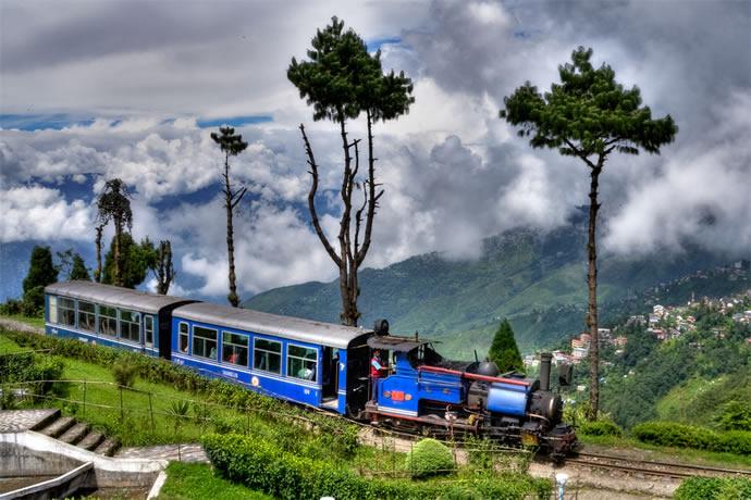 darjeeling-himalayan-railway-3