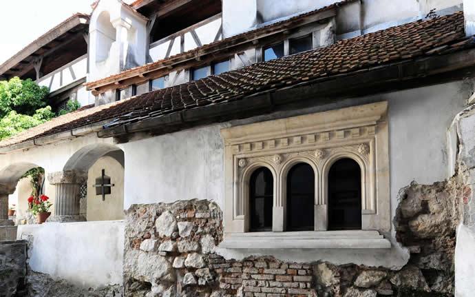 draculas-castle-11