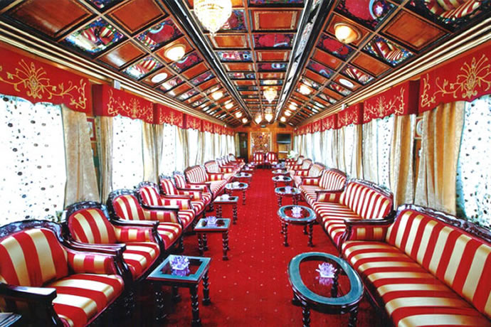 palace-on-wheels-2