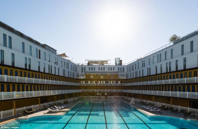 parisian-swimming-pool-1