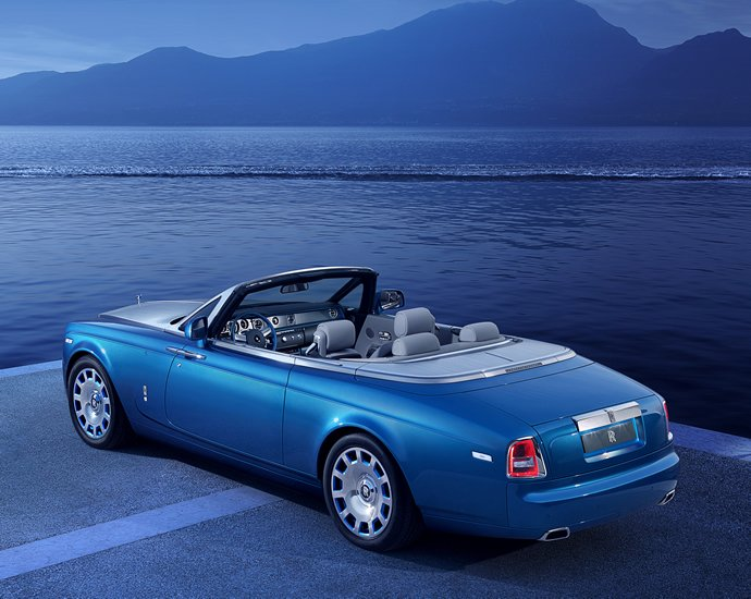 rolls-royce-phantom-drophead-coupe-waterspeed-collection-1