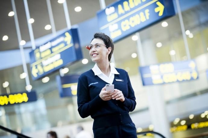 copenhagen-airport-staff-google-glass-2