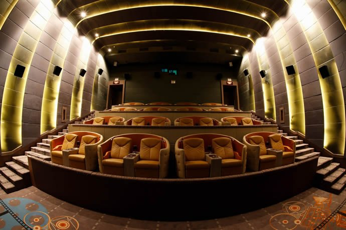 Bangkok 39 S Newest Luxury Cinema Comes Complete With Mini