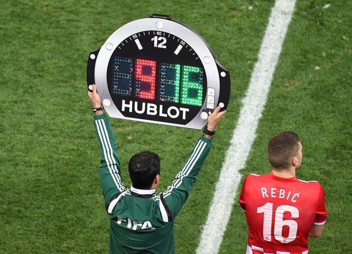 hublot-referee-board-6