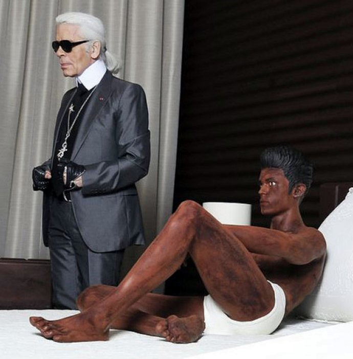 karl-lagerfeld-sculpture-5
