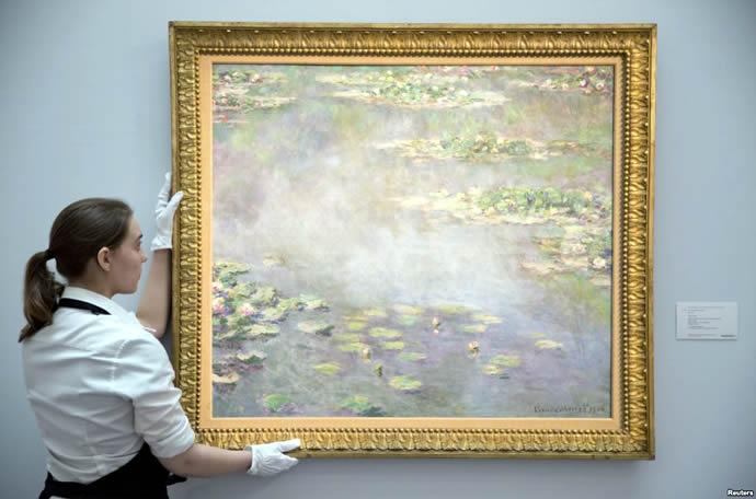 reu-monet-water-lilies