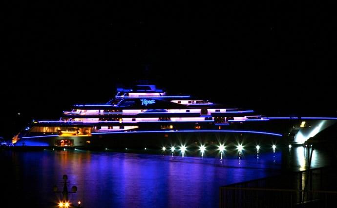 topaz-yacht