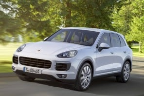 Porsche introduces 2015 Cayenne line-up including plug-in 'S' hybrid variant