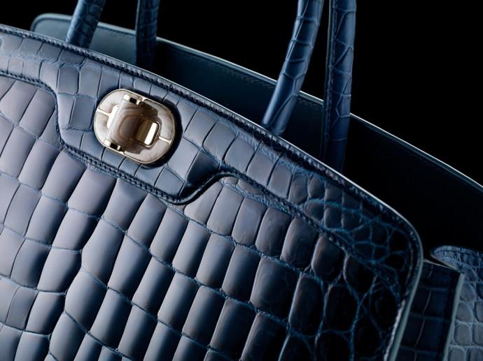 bvlgari-icona-10-handbag-6