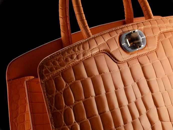 bvlgari-icona-10-handbag-8