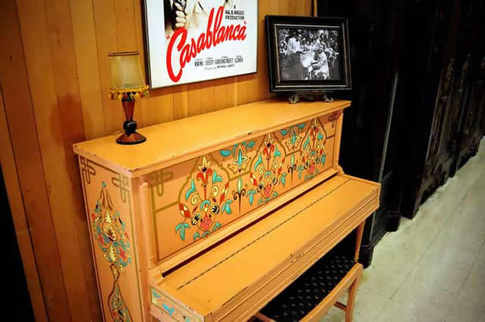 Piano From 1942 Hollywood Classic Casablanca To Be Sold