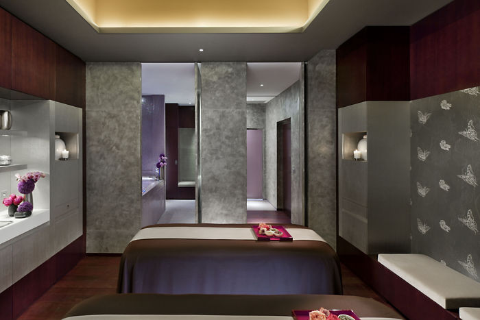 France doles out palace status to mandarin oriental paris for Luxury spa weekends for couples