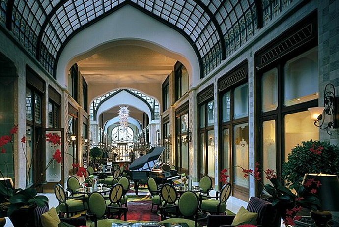 four-seasons-budapest-hall