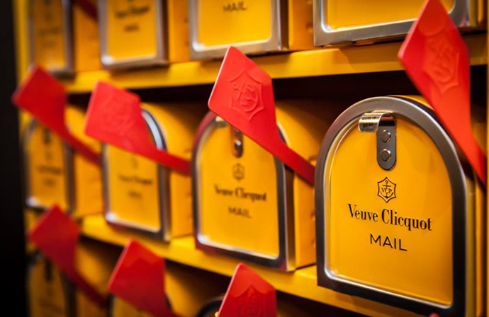 veuve-clicquot-mail-truck-3