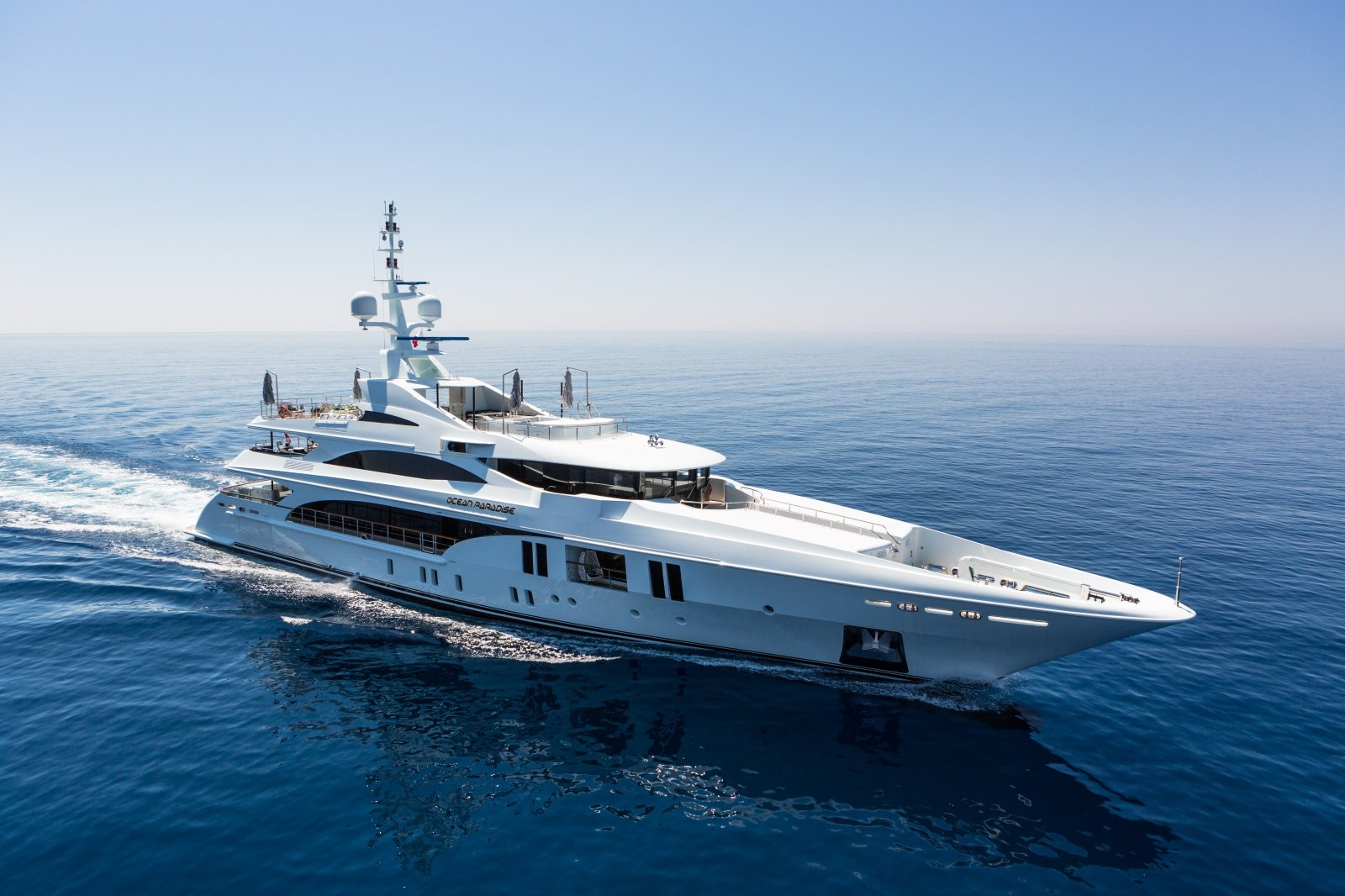 This $130 million superyacht will come with a red carpet entrance and a massive swimming pool -