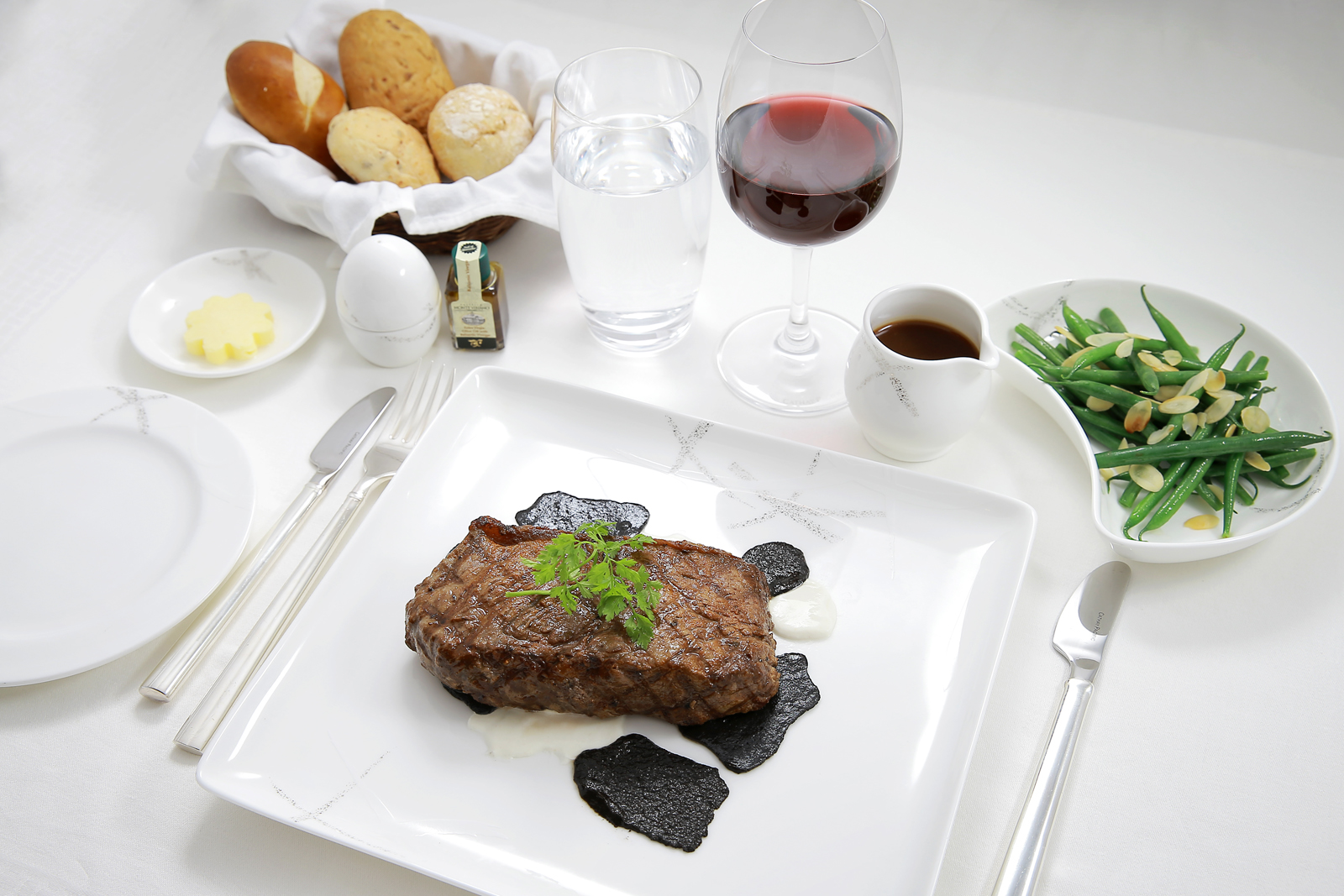 cathay-pacific-first-class-food-1