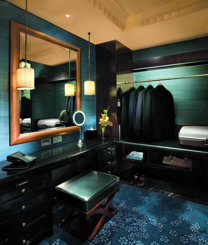 deluxe-room-dressing-room