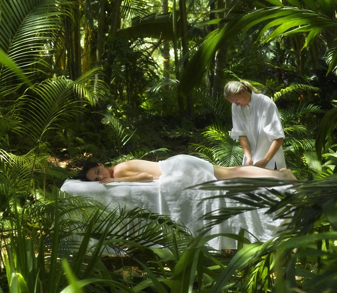 one-and-only-hayman-spa-rainforest-massage