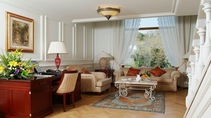 one-bedroom-park-view-palace-suite