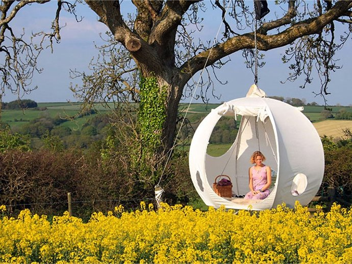 roomoon-hanging-tree-tent-2 & Hang out in the cool new Roomoon Tents that allow you to float 3 ...
