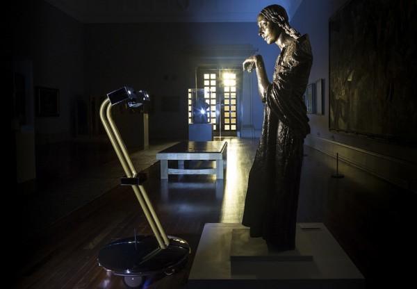 tate-museum-after-dark-robot-1