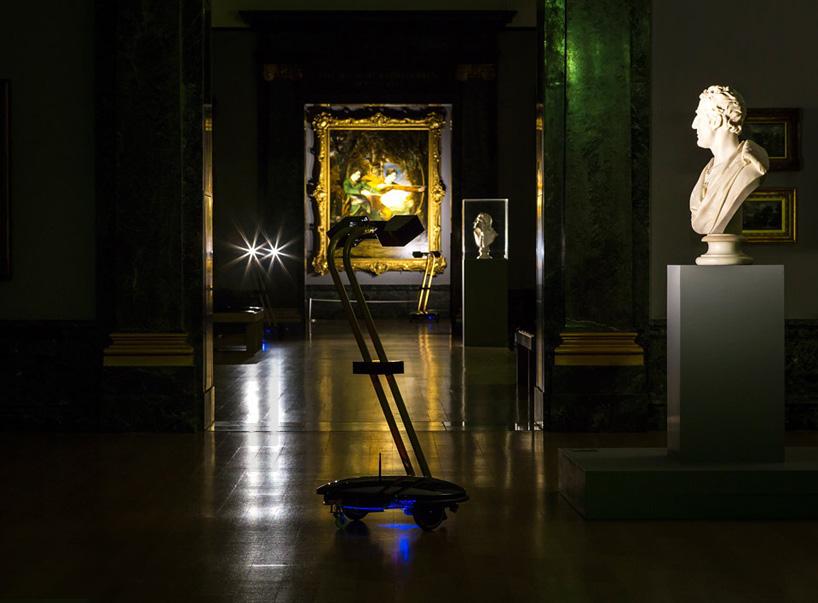 Explore Britain S Tate Museum After Dark Using Self